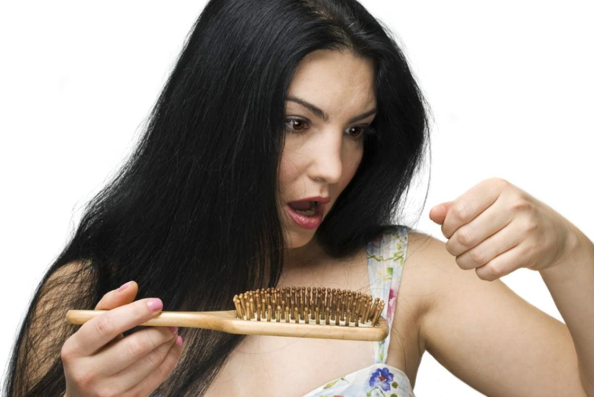Los medios por el cuidado de los cabellos las recetas de la abuela agafi