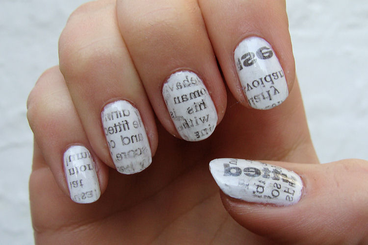 newspaper-nails nail-art-101